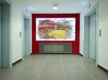 Лифтовая зона секции Барселона 1 корпуса